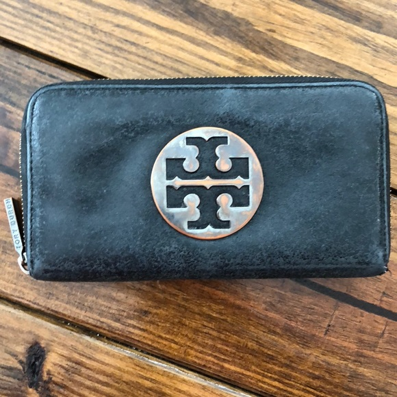 Tory Burch Handbags - Tory Burch Black Wallet.  VERY WORN